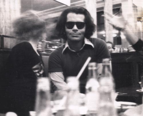 Karl Lagerfeld, Cafe de Flore, Paris 1970