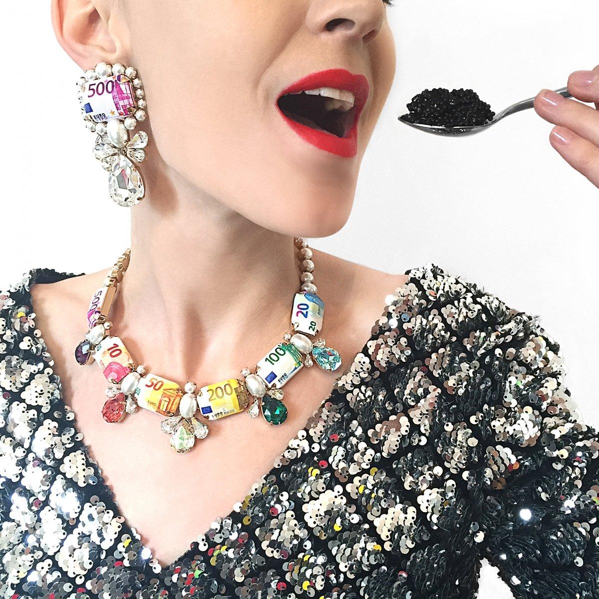 prix d'usine plutôt cool taille 7 EUROS Bijoux de Famille Paris – A Shaded View on Fashion