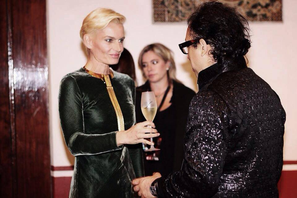 a_shaded_view_on_fashion_by_diane_pernet-diane_pernet-1224711220.jpg