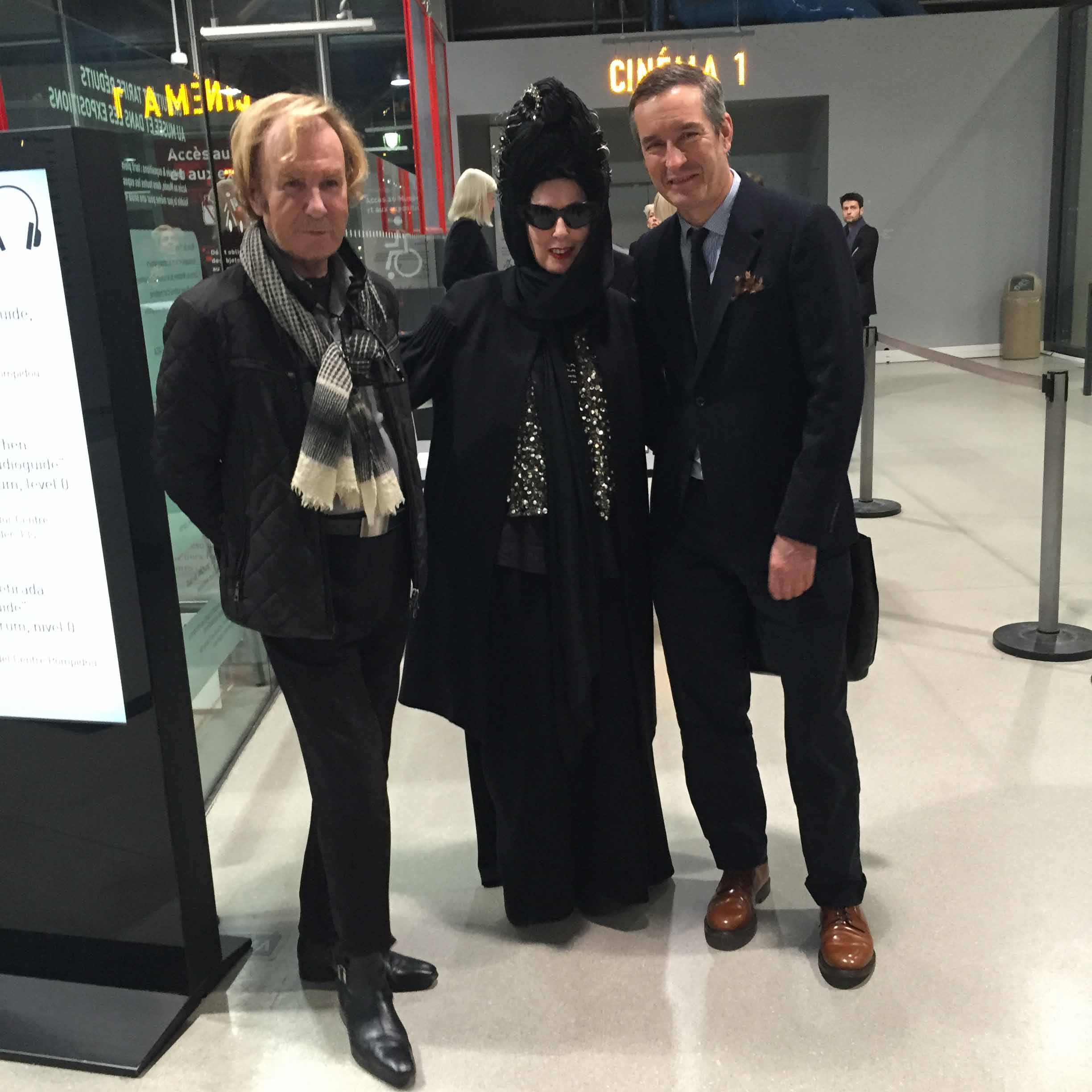 a_shaded_view_on_fashion_by_diane_pernet-diane_pernet-2105104187.jpg