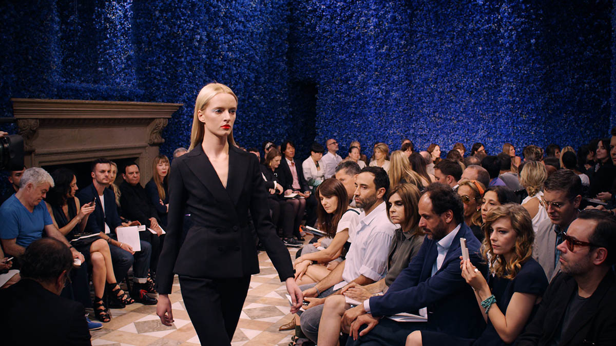 asvof-2015-01-08-dior_et_moi_directed_by_frederic_tcheng_-_january_27th_at_23h05_on_canal_-diane_pernet-1606999008.jpg