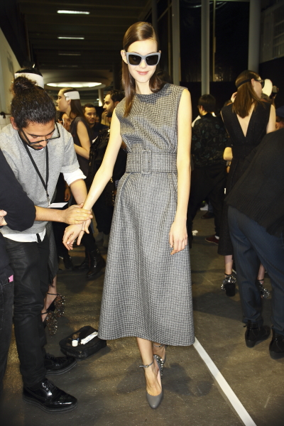 asvof-2015-03-05-backstage_with_sonny_vandevelde_at_rochas-diane_pernet-1449113520.jpg
