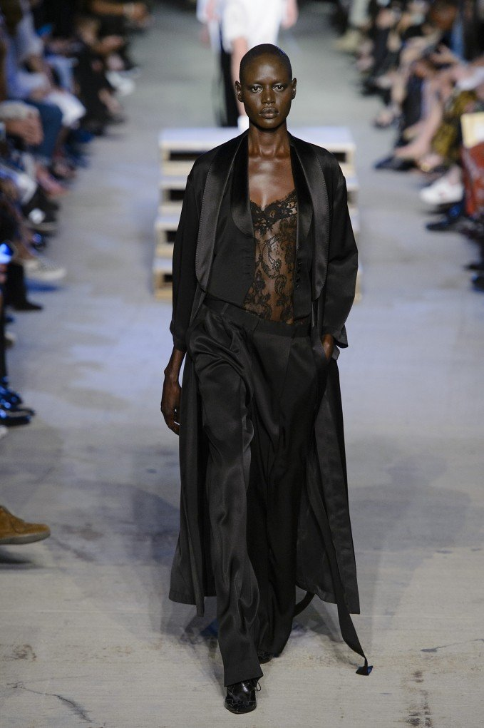 givenchy-1057-ss16-pw.jpg