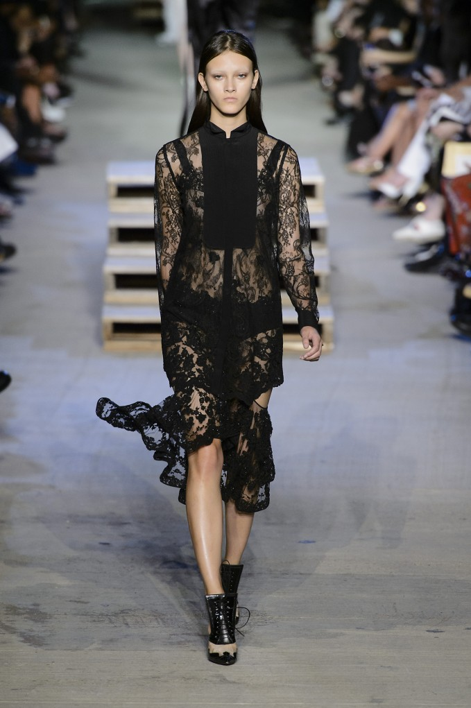 givenchy-1280-ss16-pw.jpg